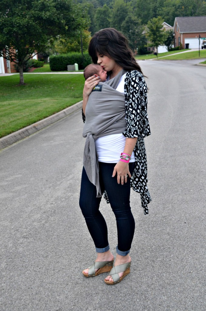 pink blush maternity, maternity clothes, maternity style, boba, kimono, fashion blog, knoxville fashion blog, black and white kimono, baby carrier, trendy maternity clothes
