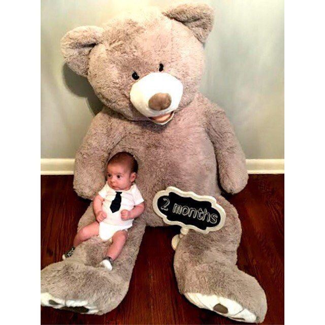 baby, monthly pictures, baby picture, fashion blog, knoxville fashion blog, family blog