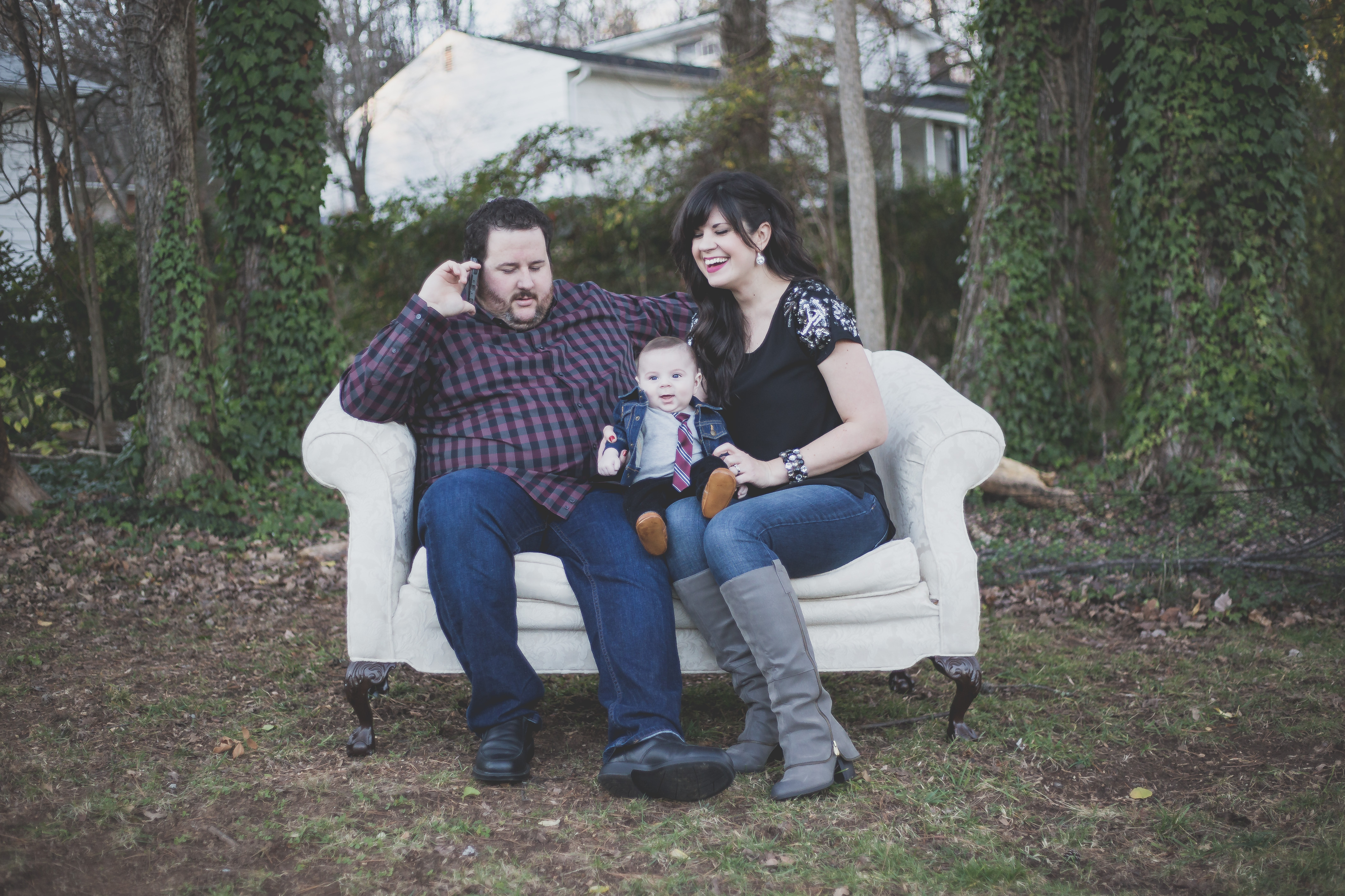 styling family photos, how to style your family for pictures, family pictures