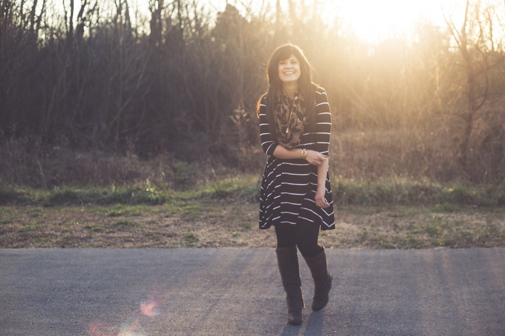 west town mall, style blogger, knoxville fashion, knoxville fashion blogger, ootd, striped dress, how to style a striped dress, striped dress multiple ways, elizabeth ogle, southern roots photography