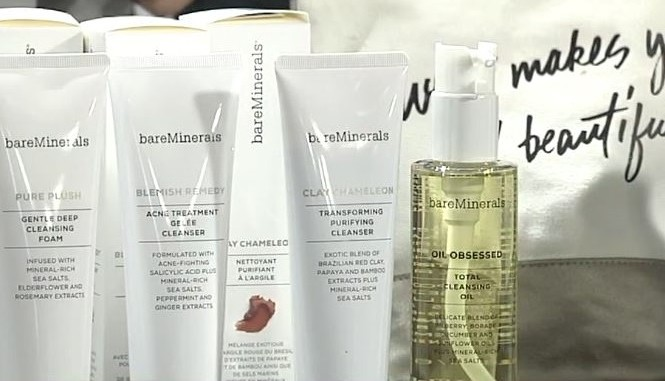 bare minerals, bare essentials, good skin, how to have good skin, good cleansers for your skin, west town mall, knoxville fashion blogger, knoxville beauty blogger