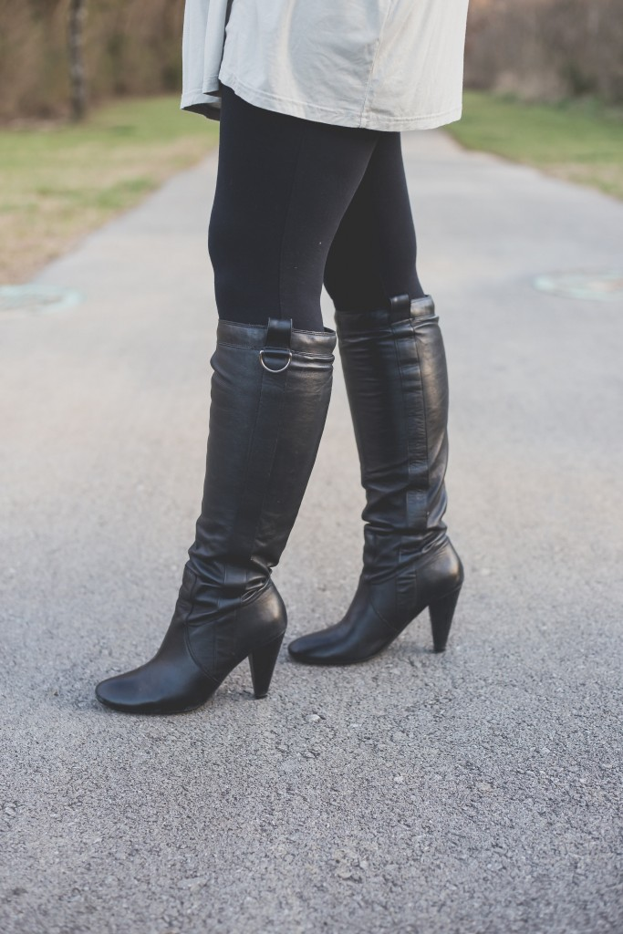 boots, knoxville fashion blogger, ootd, what to wear with a piko tunic, piko tunic, aldo boots