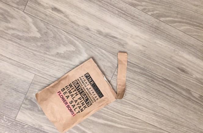 pink detox, bath salts, pink detox bath salts, relaxing bath, beauty blogger, beauty blogger elizabeth ogle, beauty product review