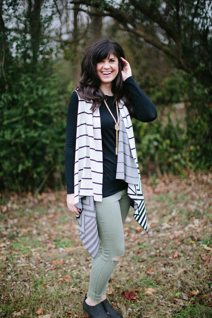 ootd, waterfall vest, how to style an outfit multiple ways, fashion blog, fashion blogger, knoxville fashion blogger, knoxville fashion, style consultant, elizabeth ogle, wbir beauty blogger, wbir, mom blog, mom fashion, mom life, one piece four ways