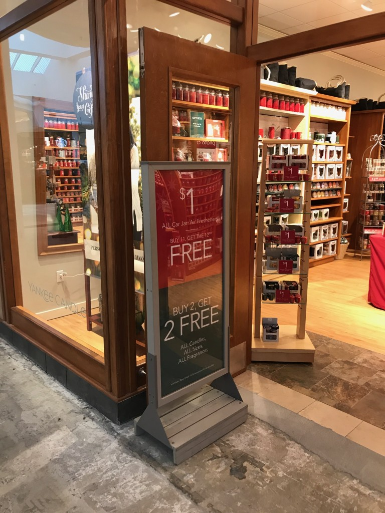 west town mall, christmas gift ideas, christmas gift deals, yankee candle