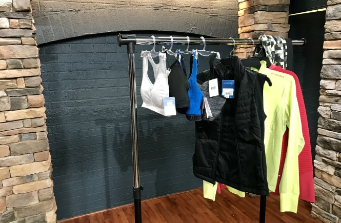 workout clothes, dillard's, west town mall, where to find good things at west town mall, what to wear working out, how to find the right sports bra, sports bras, how to know which sports bra is right for you, how to know what to wear working out