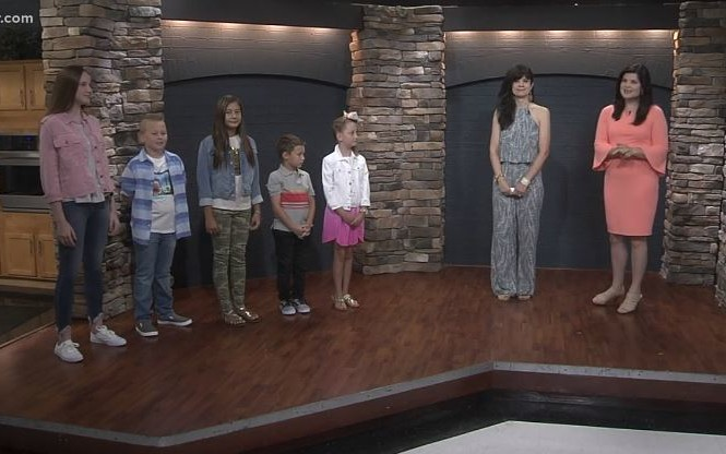 west town mall, ten news this morning, wbir, beauty blogger west town mall, west town mall style consultant, back to school clothes, back to school inspiration