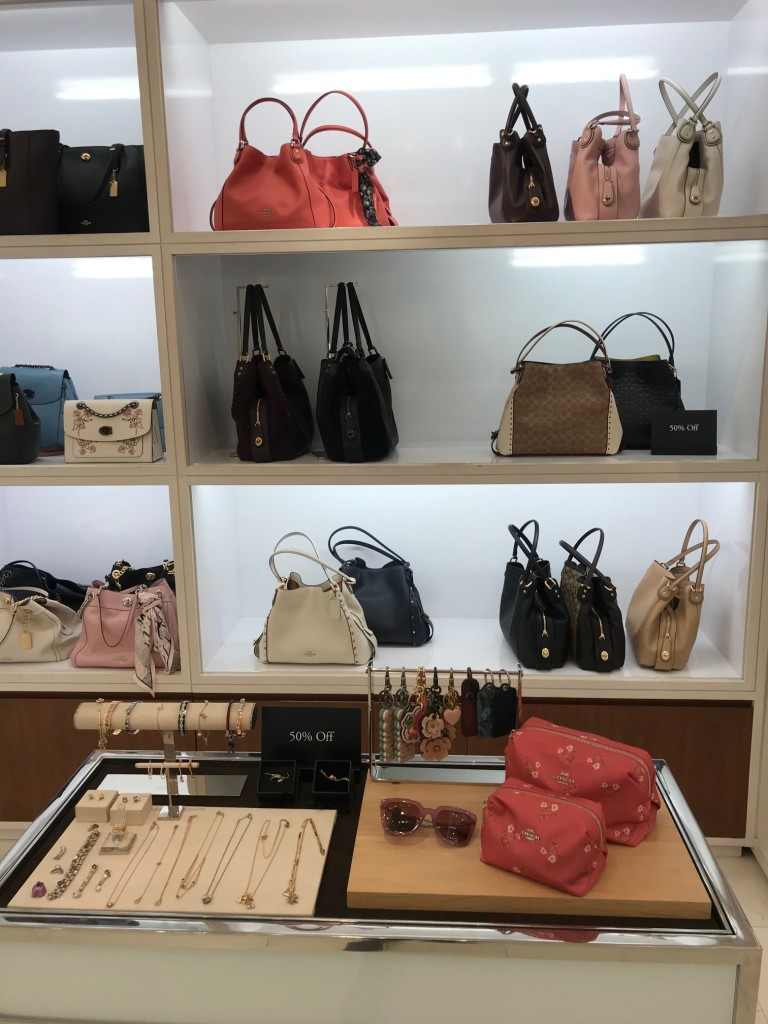 coach sale, bag sale, summer bag sale, west town mall coach, coach in knoxville, west town mall style consultant